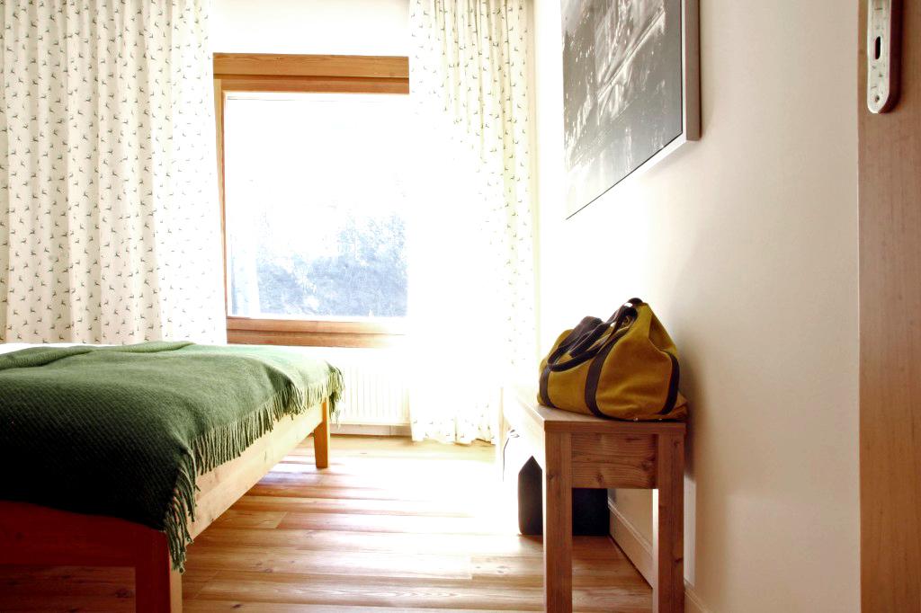 Ausblick aus dem zweiten Schlafzimmer im Appartement Graukogel im KWP3